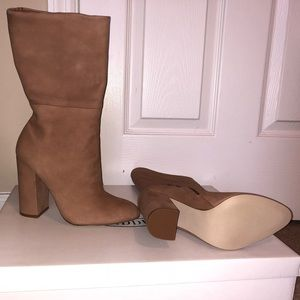BRAND NEW Steve Madden camel color booties.